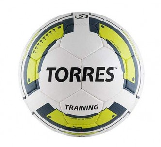 myach-futbolnyiy-torres-training